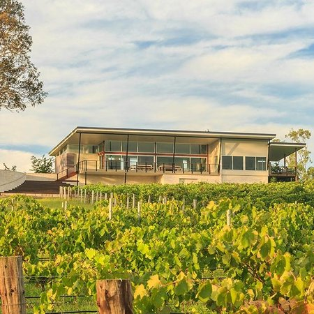 Lambloch Estate: Cellar Door