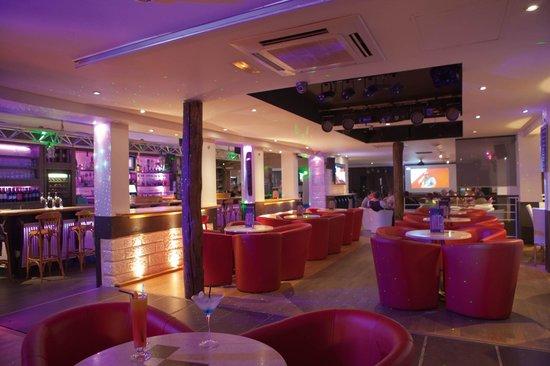 Salle de Bar Bar Restaurant Le Prad