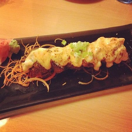 Seafront Sushi : Salmon Tempura with Scallop Sauce on top
