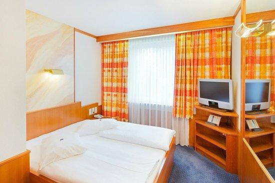 Vienna Sporthotel: Doppelzimmer