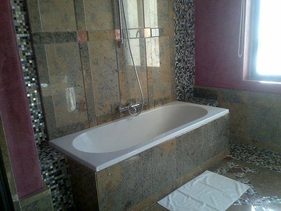 Grande Real Villa Italia Hotel & Spa: Room 25