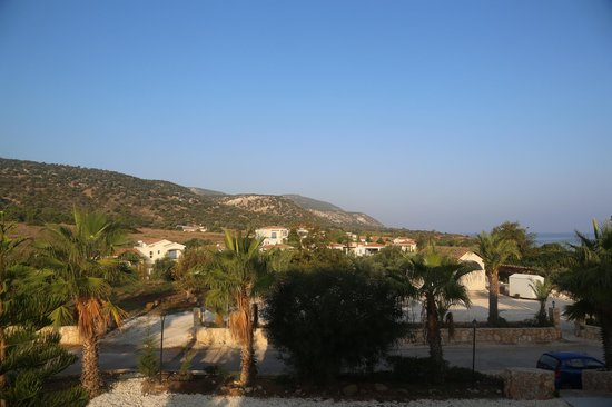 Aphrodite Beach Hotel: View from balcony, on the mountain