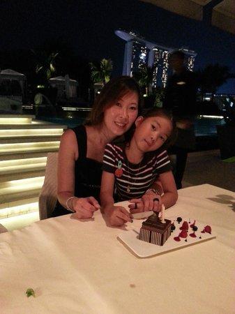 Dolce Vita at Mandarin Oriental: lovely dinner by the pool