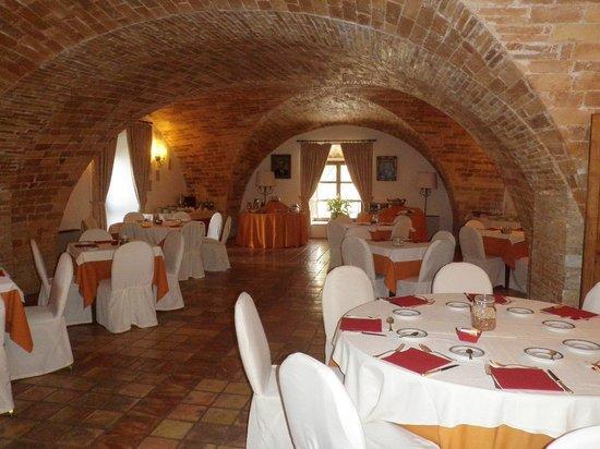 Castello Chiola Hotel: Breakfast is ready!