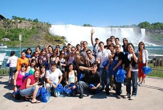 Royal Tours of Niagara Falls from Toronto: Private Group Tours