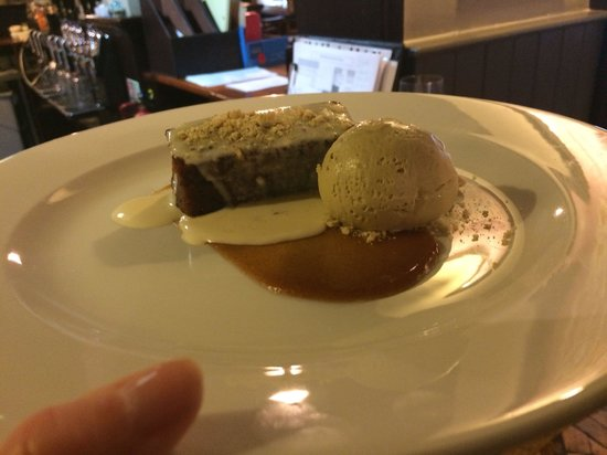 The Thomas Lord: Sticky toffee pudding