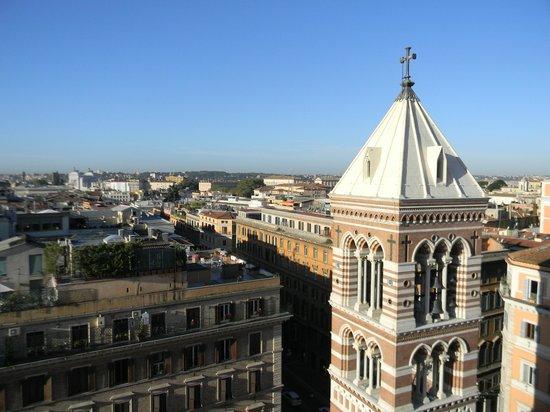 La Griffe Roma - MGallery By Sofitel: Вид с террасы на крыше