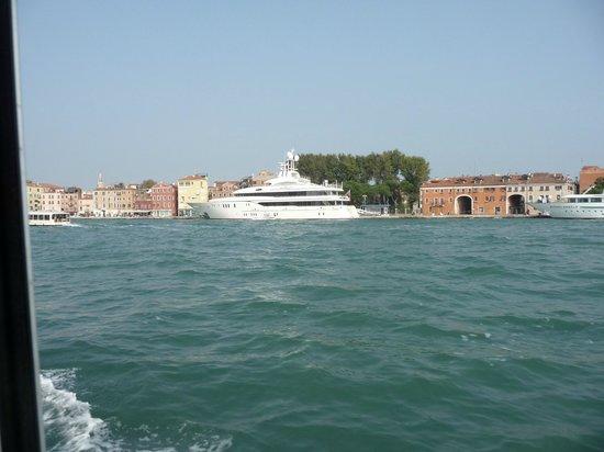 Riviera Hotel : Vers Murano