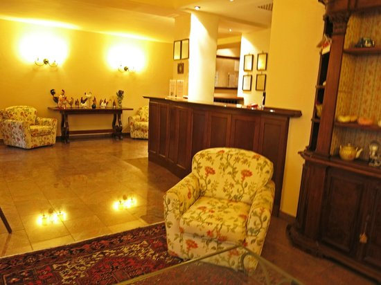 Hotel Isabella: Hotel Isobella Reception area.
