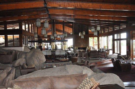 Seronera Wildlife Lodge: Seronera lodge Bar