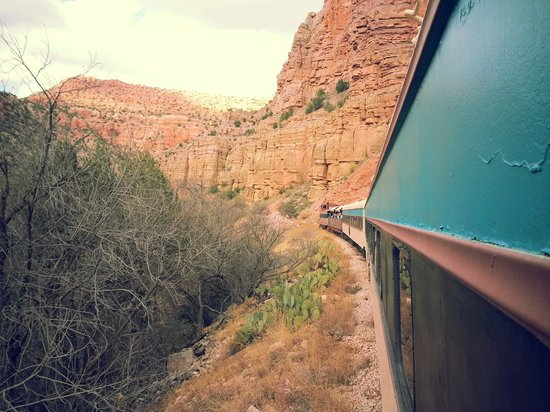 Verde Canyon Railroad: The red rock cliffs are amazing to see