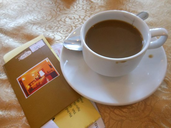 BEST WESTERN Dalat Plaza Hotel: Great Dalat Coffee!