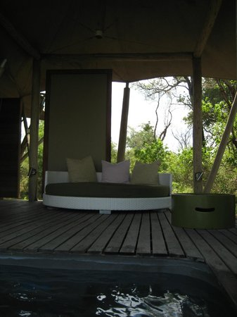 andBeyond Xaranna Okavango Delta Camp: Outdoor seating area