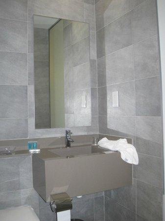 Dionysos Central Hotel : Sink area of bathroom