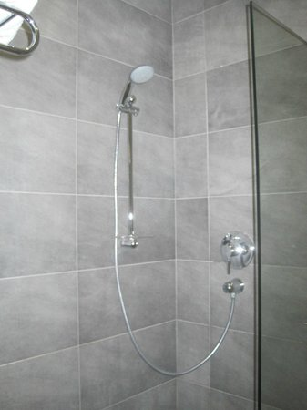 Dionysos Central Hotel : Walk-in shower - Rain shower and hand held type