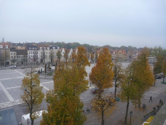 Hotel 't Zand: 't Zand square from hotel terrace