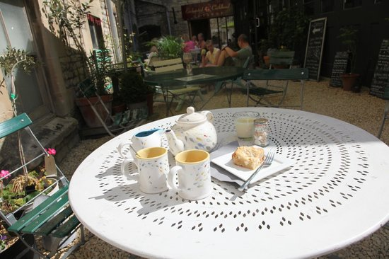 The Canteen: The Sunny Courtyard