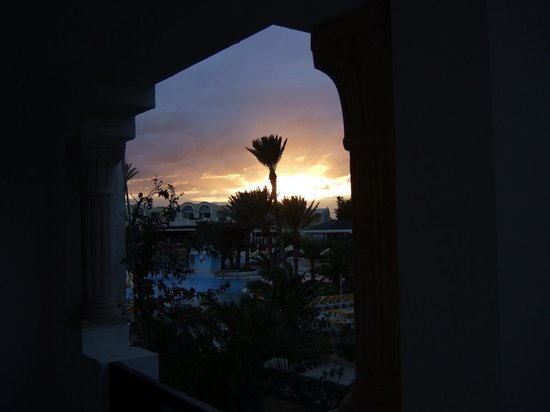 Djerba Holiday Beach : le soleil se couche