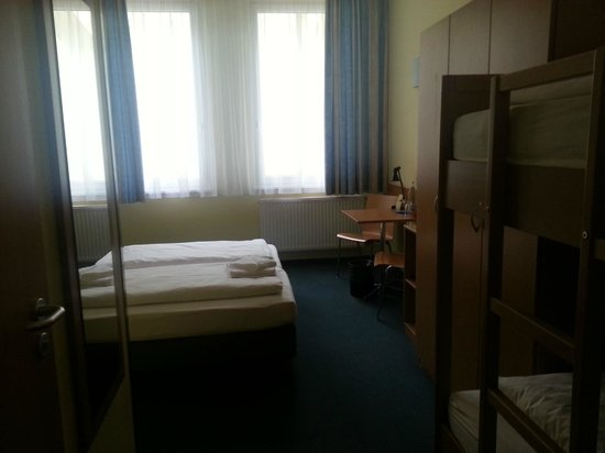 Citylight Hotel: Inside room