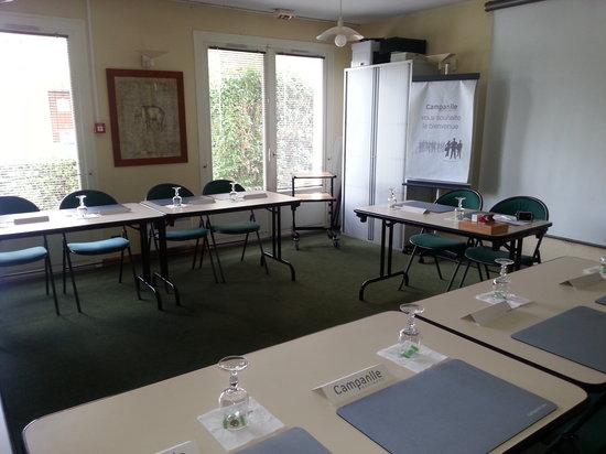 Campanile Sable Sur Sarthe - Vion : Salle de réunion