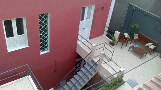 Bossa in Rio Hostel: Vista do apartamento de cima.