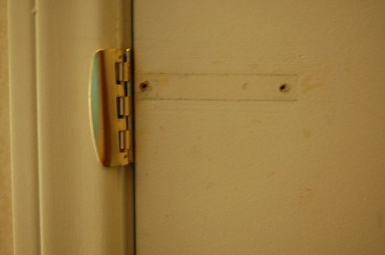 "The Anabella: The ""safe"" lock on your door"