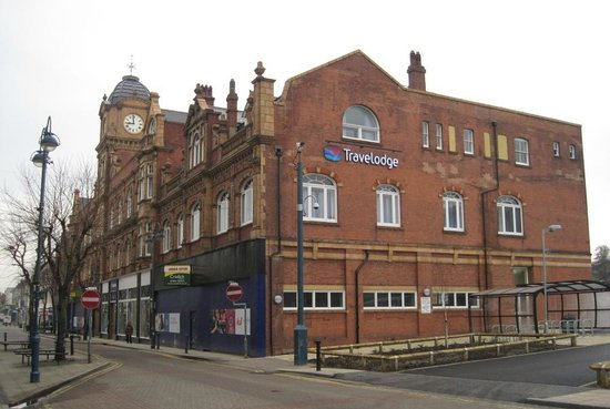 Travelodge London Woolwich: The former Coop in Woolwich