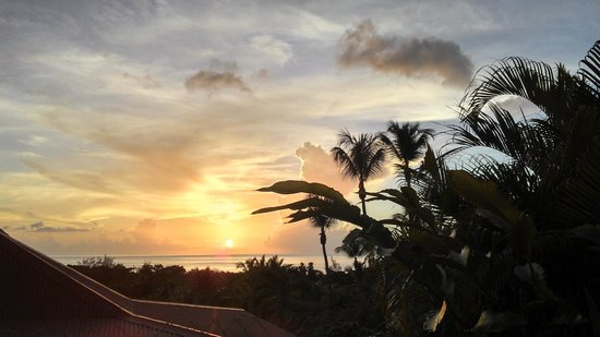 Gîtes Mangoplaya : Sunset over Grande Anse, Déhé, Guadeloupe