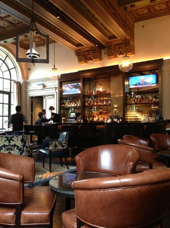 The St. Regis Washington, D.C. : view of the bar from our fav. table