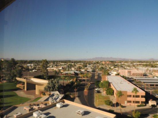 Phoenix Marriott Mesa: Room views facing mountain from high floors