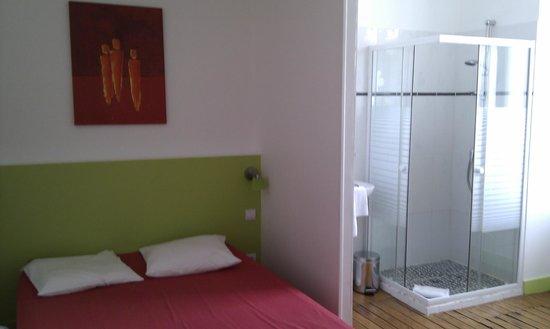 Select Hotel: chambre avec s de bain ouvert