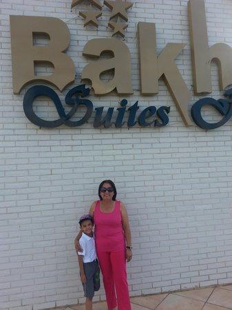 Bakhos Suites Hotel: familiar