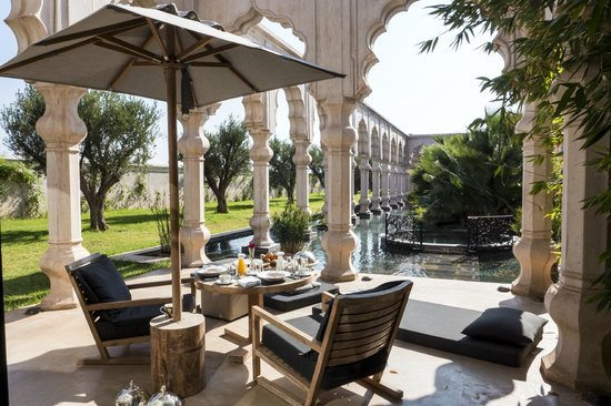 Palais Namaskar: Breakfast on our terrace
