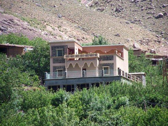 Maison D'hotes Dar Ait Souka: la maison vue depuis la route