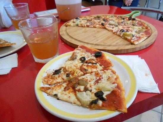 Fiorenza : Pizza riquisima al estilo 100% italiana