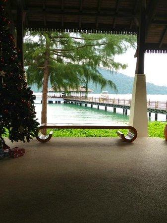 Pangkor Laut Resort: lobby at Chritmas