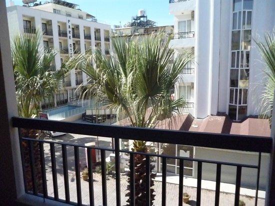 Hotel Nazar: Balcony view