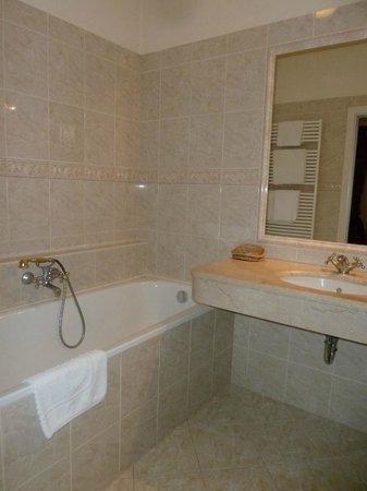 Hotel Ariston & Ariston Patio: Salle de bain