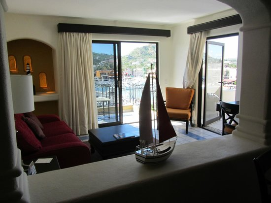 Marina Fiesta Resort & Spa: Master 1 bedroom suite (renovated)