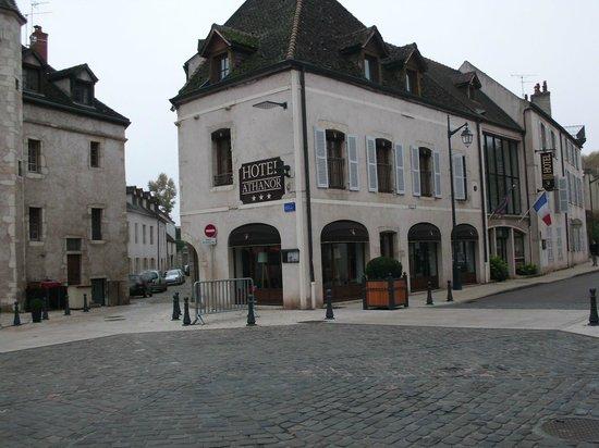 Hôtel Athanor : Facciata dell'Hotel Athanor