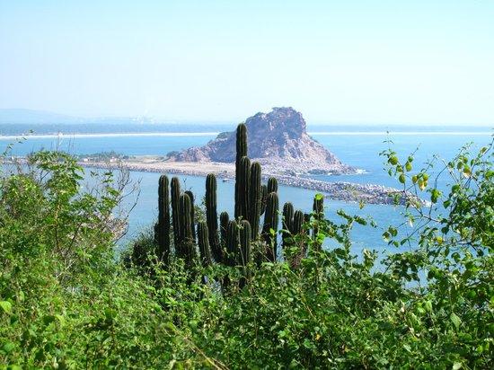 Cerro Creston: The view out to sea