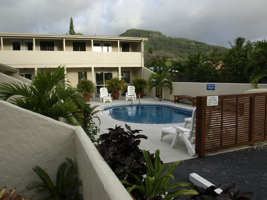 Coral Sands Apartments: Coral Sands Pool area