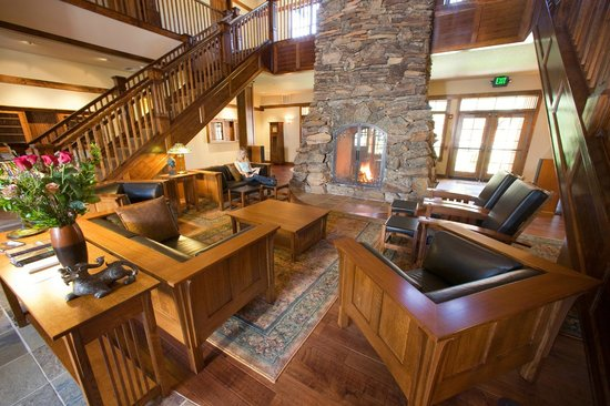 Five Pine Lodge & Spa : Interior