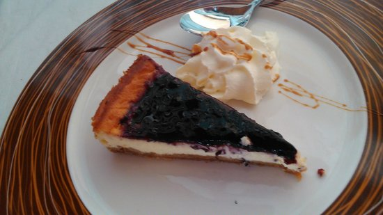 Restaurante Chiringuito Nido-Playa: tarta de queso con arándanos