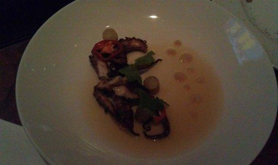 Vermilion Restaurant: Grilled octopus in a ham broth