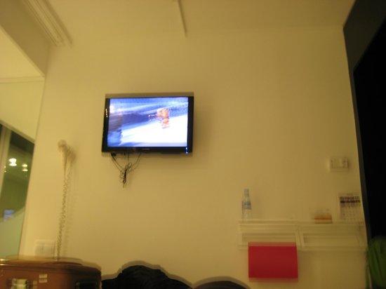 Hotel Acta Mimic : tv