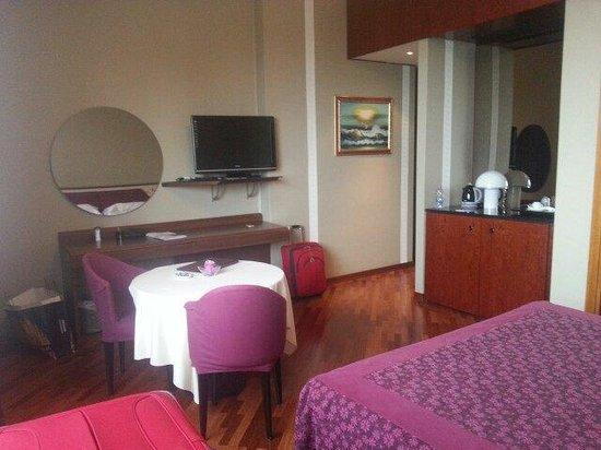 Hotel Bristol: Nice room