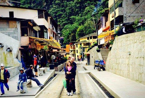 Intense Peru: Aguas Calientes
