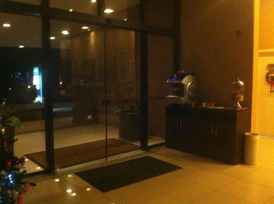 Quality Hotel Manaus: Entrada