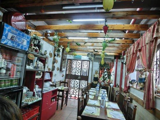 Amagao: 店內空間,就這麼大了,沒二樓